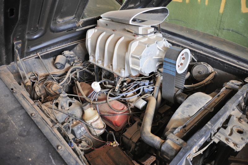 The Interceptor Cleveland Engine And Dummy Weiand Supercharger